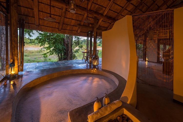 Bathtime at Kapamba