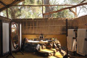 Chongwe river camp, bath