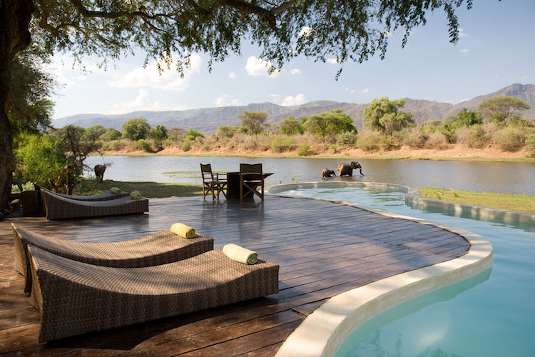 Chongwe River House pool