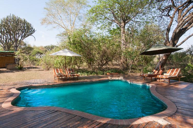 Mvuu Lodge swimming pool
