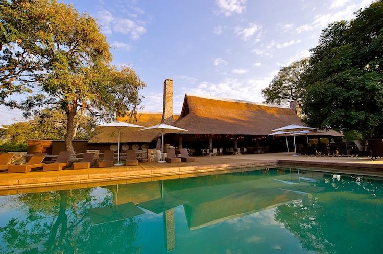 Mfuwe Lodge swimming pool