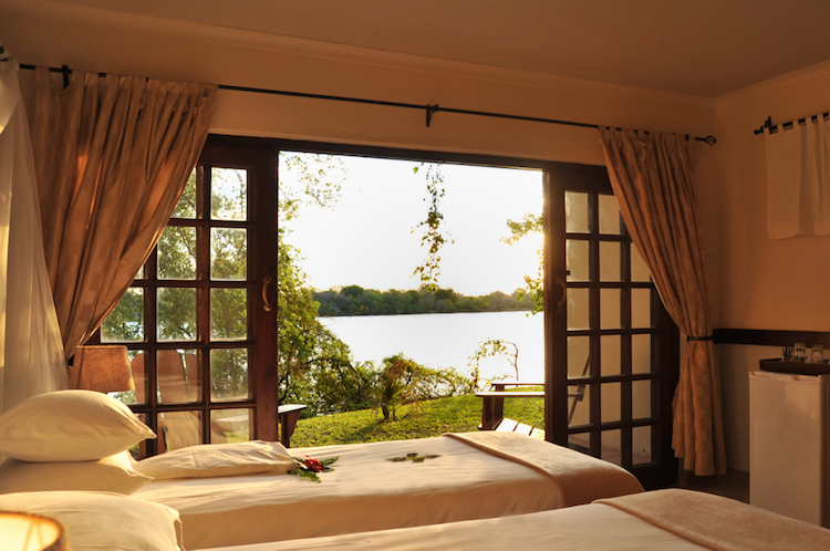 Zambezi Waterfront chalet