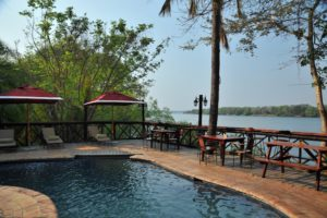 Zambezi Waterfront pool