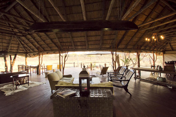 Khulu lounge area