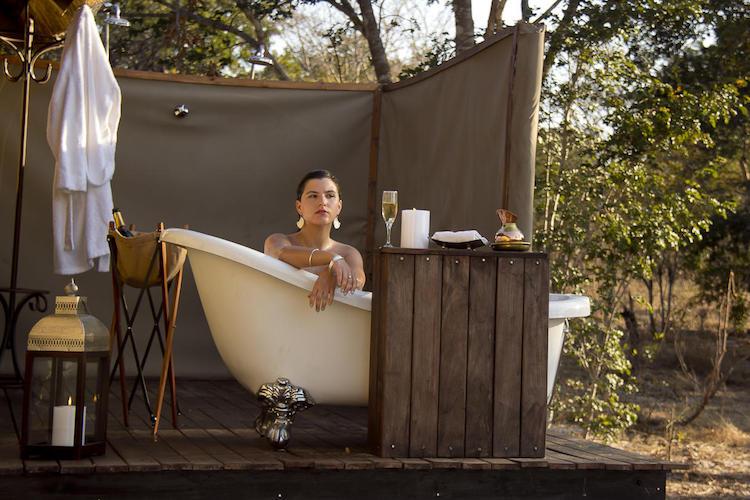 Luxury bath at Khulu Bush Camp