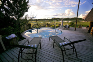 plunge pool at the hide