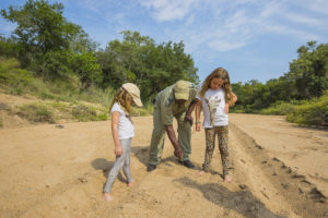 tracking with kids at Kruger